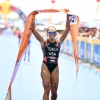 Renee Tomlin wins the  World Triathlon Cup in China
