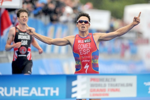 Gomez (ESP) wins thrilling Grand Final to secure third ITU World Championship