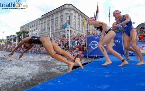 Race for 2012 ITU World Triathlon series title heats up in Hamburg