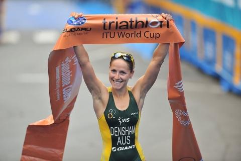Australia's Erin Densham dominates season opening ITU Mooloolaba World Cup