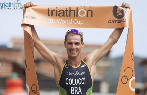 Colucci collects gold in Guatape