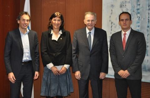 ITU President Casado meets with IOC President Rogge