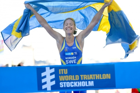 Lisa Norden thrills home crowd with ITU World Triathlon Series Stockholm win