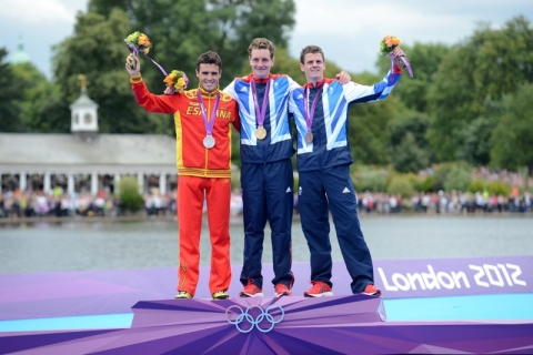 Alistair Brownlee storms to Olympic gold at London 2012