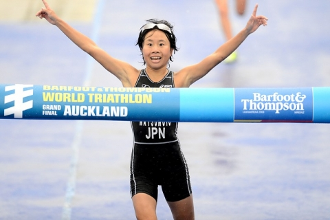 Fumika Matsumoto wins Japan's first ITU World Championship in 2012 Junior Women's Race