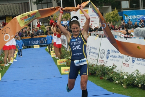 Eva Nystrom Storms to First Long Distance Duathlon World Title