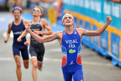 Laurent Vidal sprints to first ITU World Cup win in Mooloolaba
