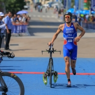 Viennot & Ellis secure first Long Distance titles